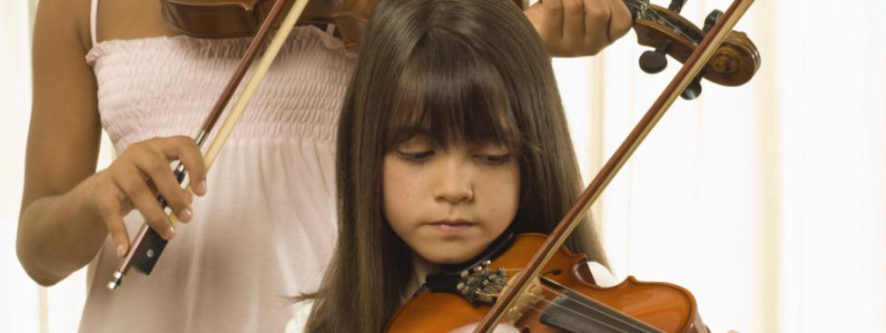Learn play violin suzuki method